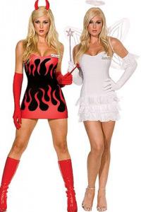 Две симпатичные девушки демон и ангел